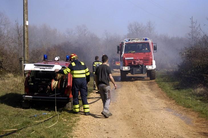 Zbog izazivanja požara u Gambetićima prijavljen 59 godišnjak