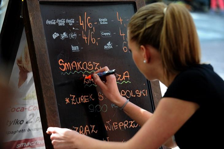 RUKOPIS NAS ODAJE: Političari pišu velika slova, a znanstvenici sitna