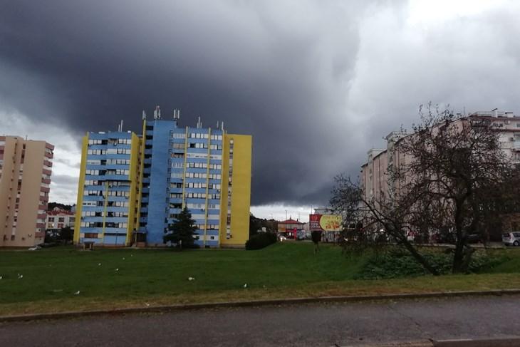 I Narednih Dana Jaka Kiša I Grmljavinski Pljuskovi Stiže