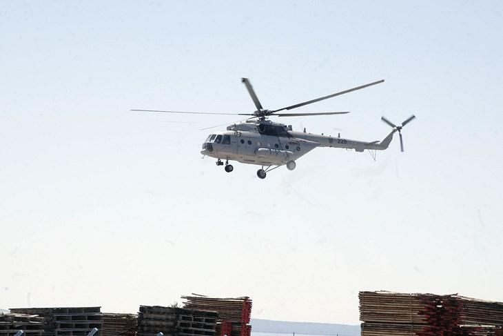 hrvatska zagreb posada hrz a drugi dan u potrazi za nestalom osobom na biokovu