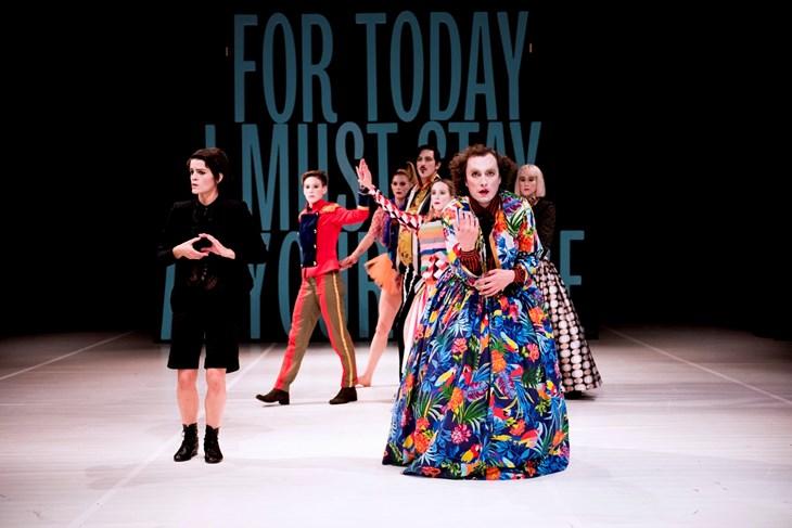 Prizor iz predstave (Jelena JANKOVIĆ)